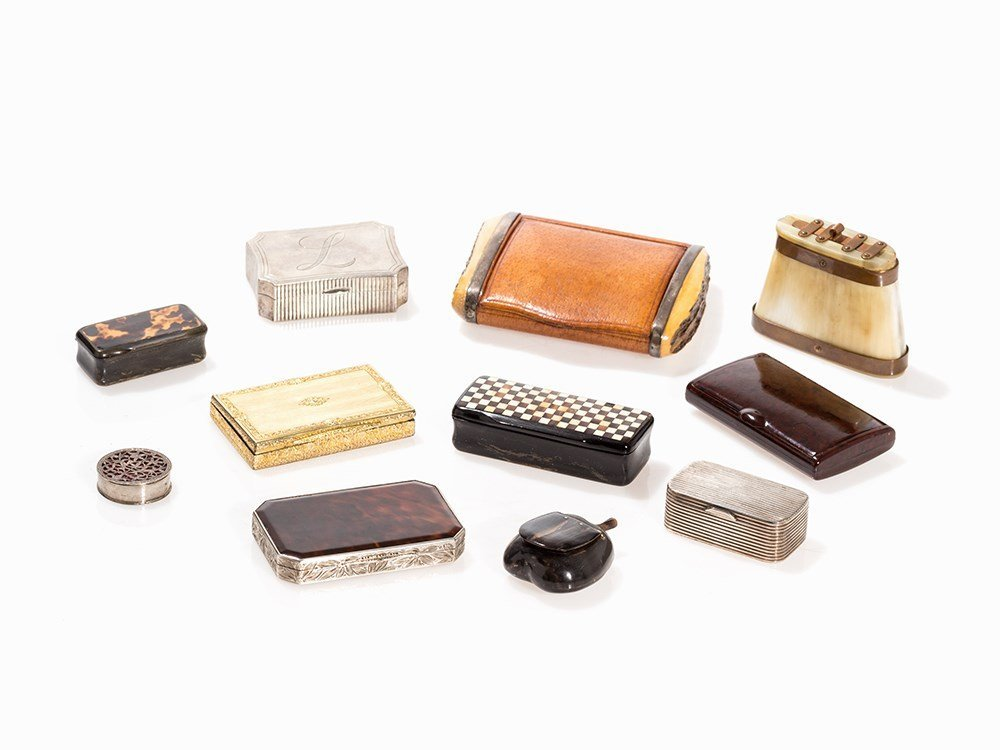 Collection of 11 Boxes, Silber & Horn, 19/20th C.