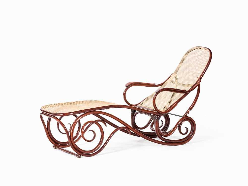 Thonet Chaise Lounge Model No 2 Bentwood Vienna