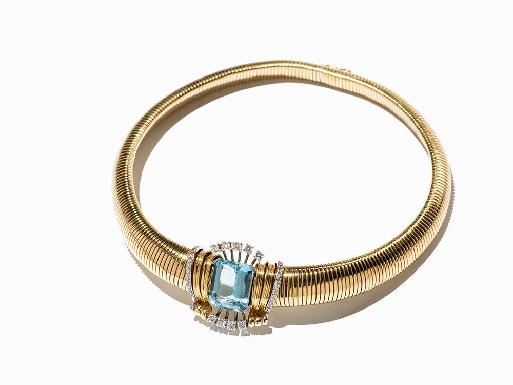 Aquamarine Necklace with 31 Diamonds of 1.30 ct., 18K