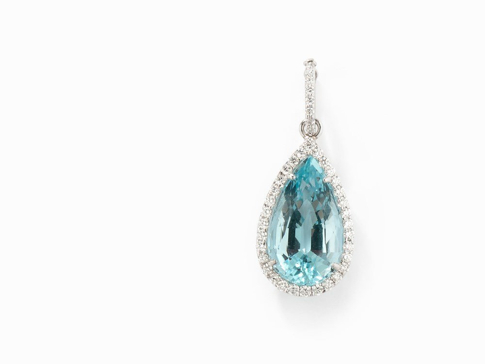 Pendant with Pear-Cut Aquamarine and Diamonds, 18K