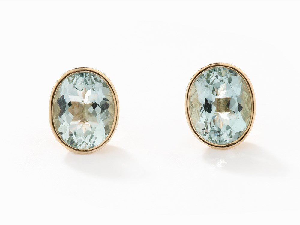 Ear Studs with Aquamarines of c. 7.25 ct., 18K Yellow