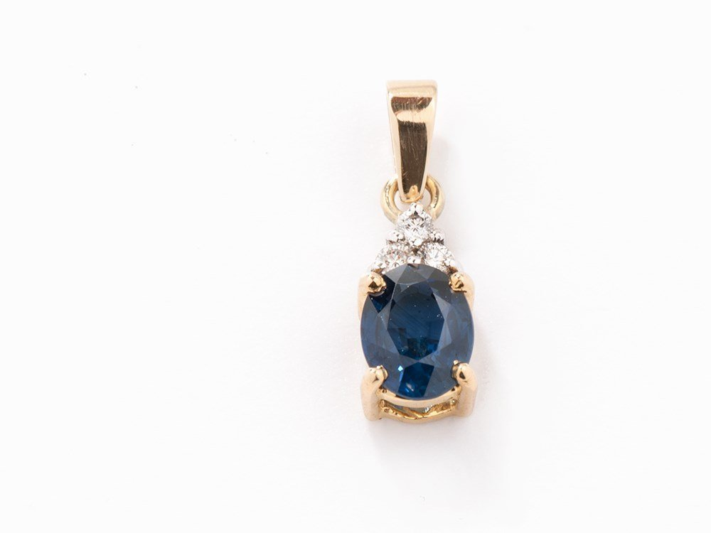 Pendant with Sapphire and Diamonds, 14K Gold