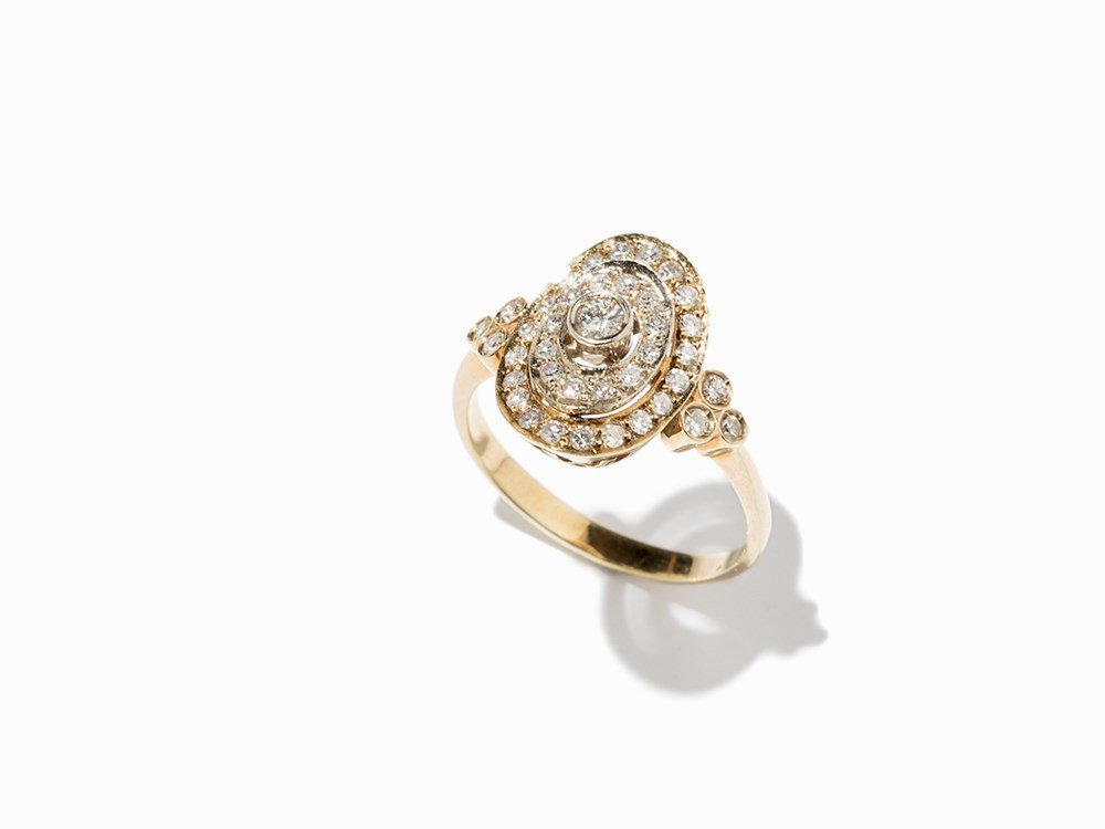 14K Gold Ring with 39 Diamonds in Art Déco Style
