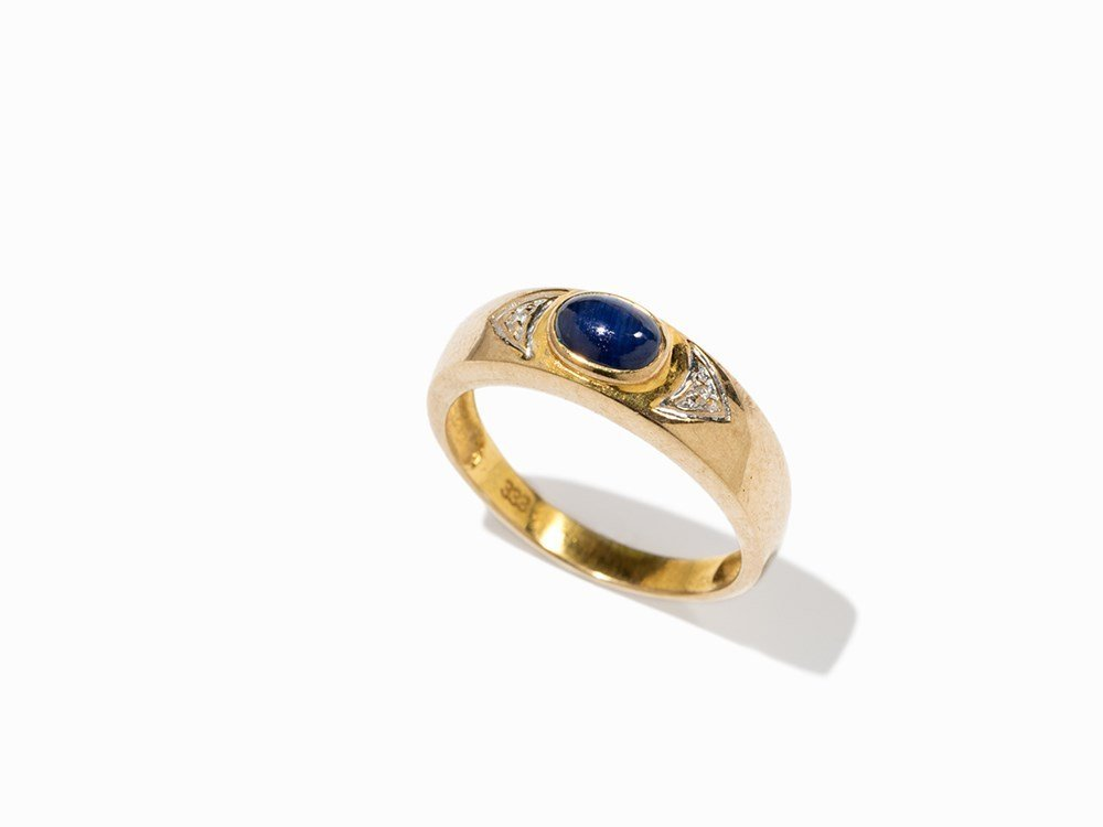 Ring with Cabochon-Cut Sapphire and Diamonds, Gold,