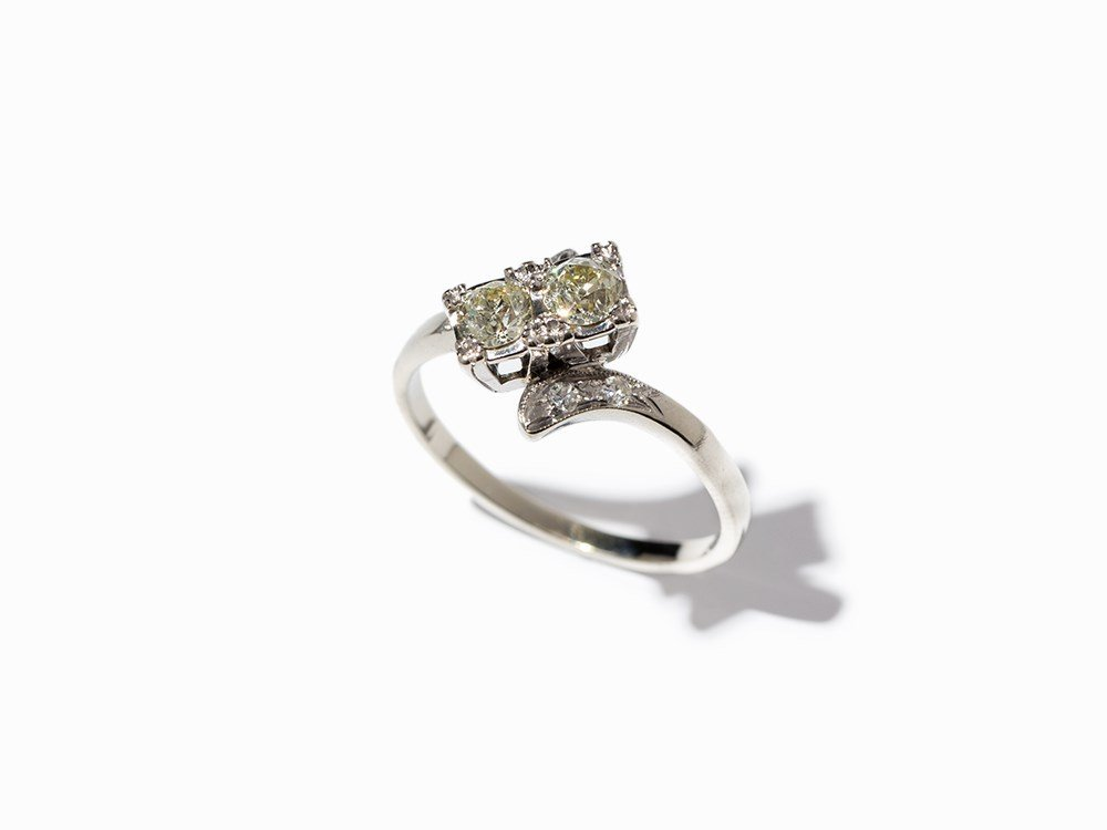 14K White Gold Ring with Brilliant-Cut Diamonds in 2