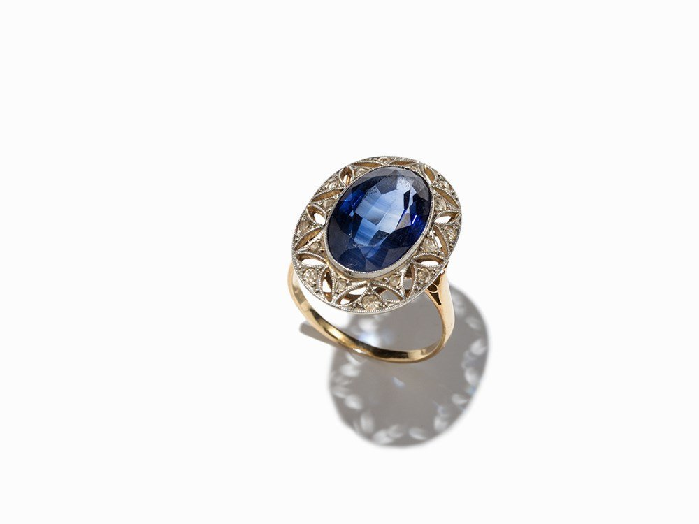 Cocktail Ring with a Sapphire and Diamonds, Gold and