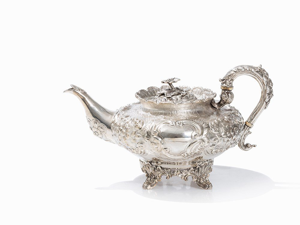 A Victorian Silver Teapot by Benjamin Davis, London,