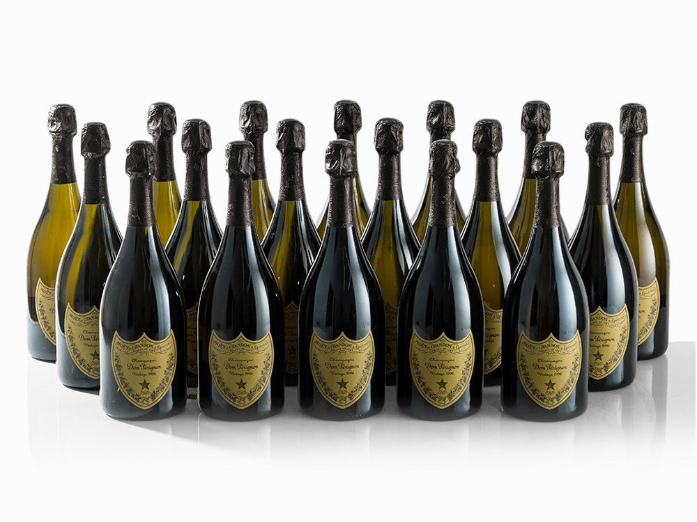 18 Bottles 1996 Moët & Chandon Dom Pérignon, Champagne
