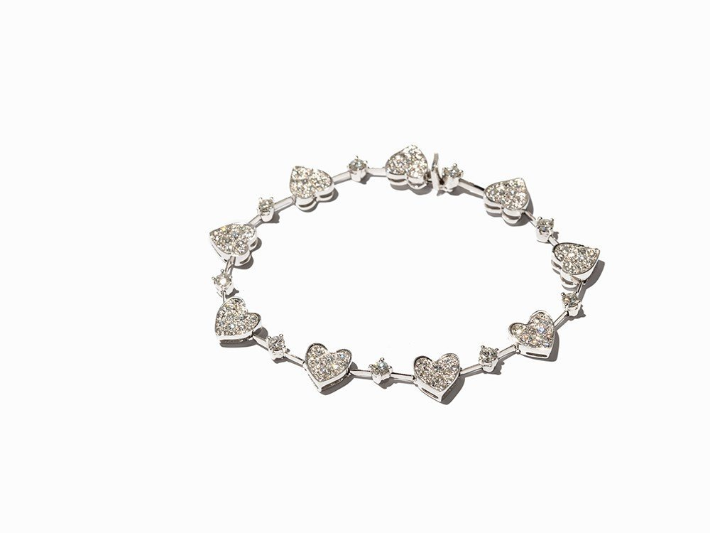 Heart Bracelet with 108 Diamonds of c. 2.40 Ct, 18K