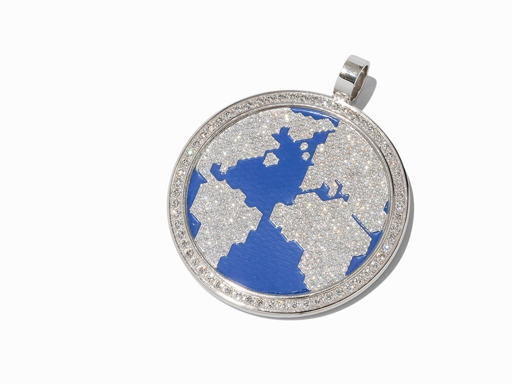 Jacob & Co, The World is Yours, Pendant with Diamonds,