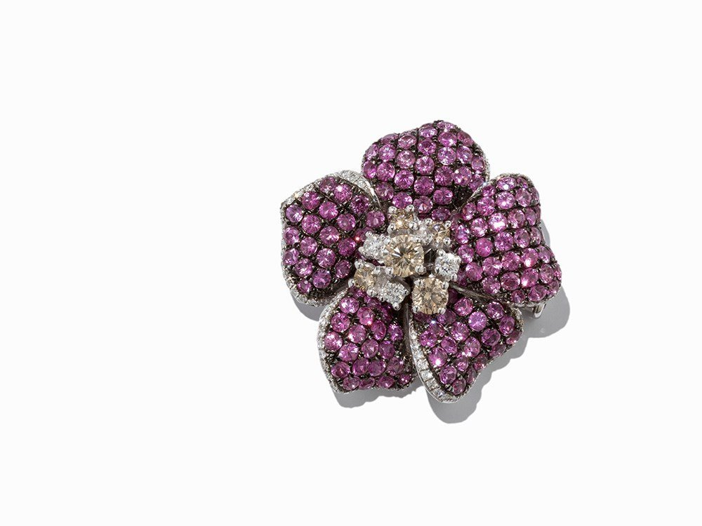 Flower Shaped Diamond and Sapphire Brooch, 18K White