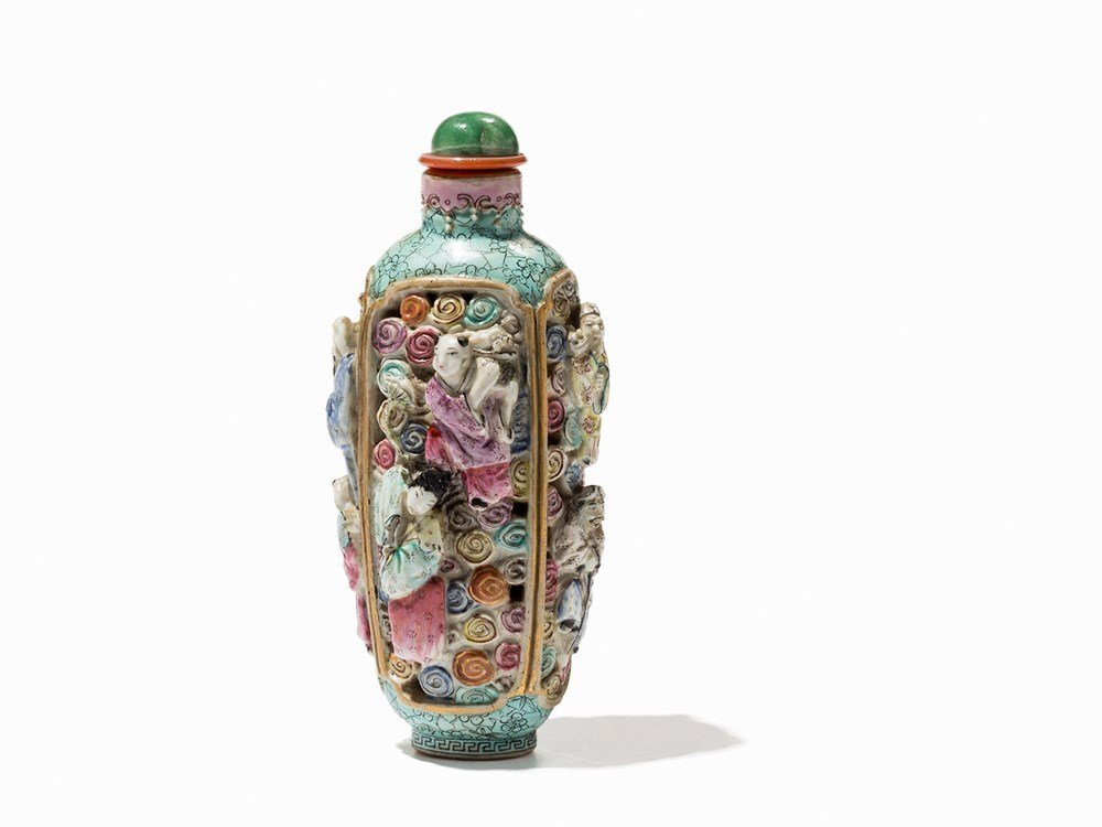 Molded Porcelain Snuff Bottle with 8 Immortals,