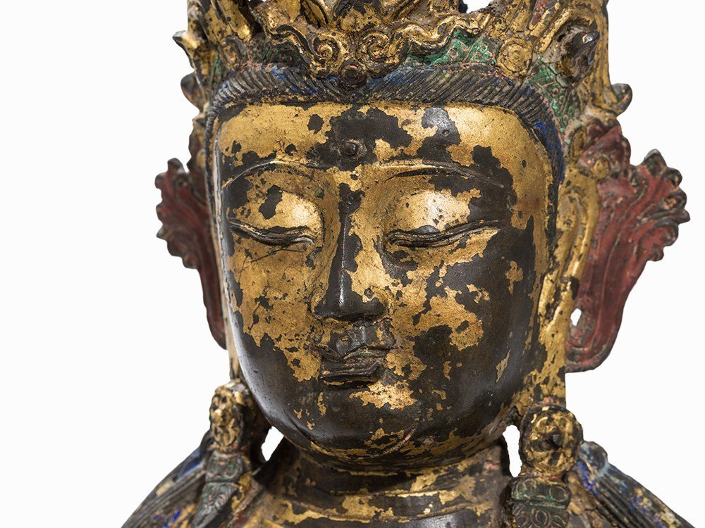 Lacquer Gilt Bronze Figure Guanyin on a Lotus Base,