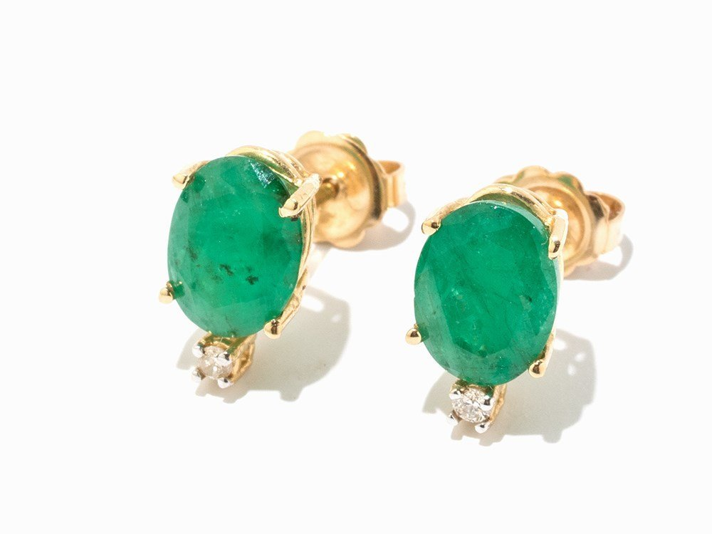 Pair of Emerald Earrings with Diamonds, 18K Yellow Gold