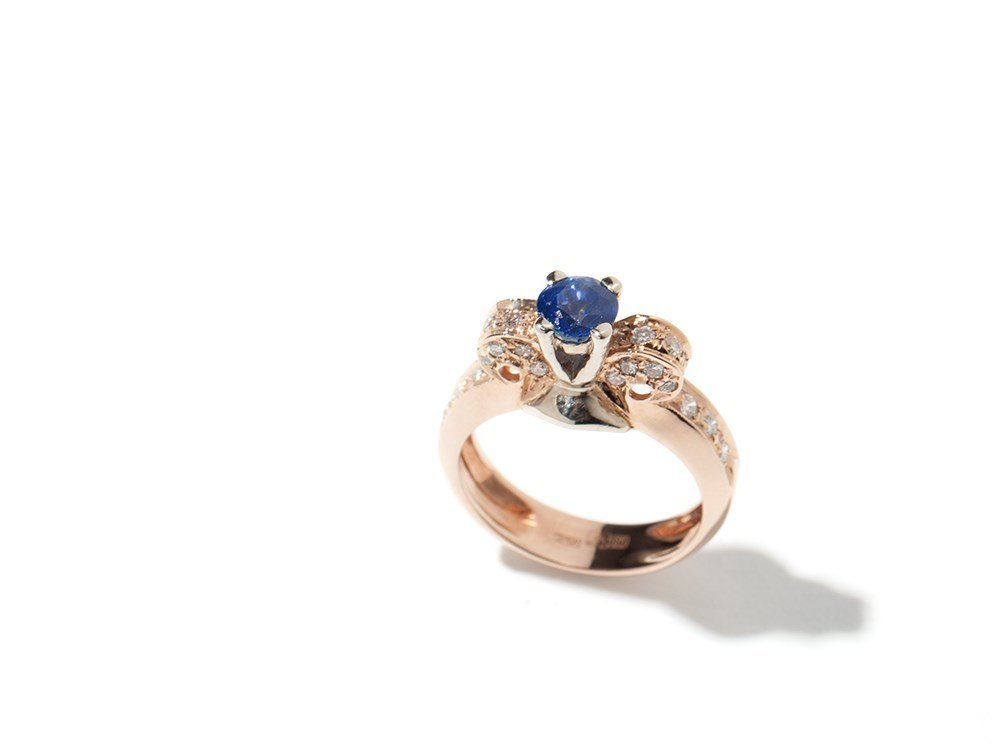 14 c gold ring with sapphire & brilliants, Russia, 20th