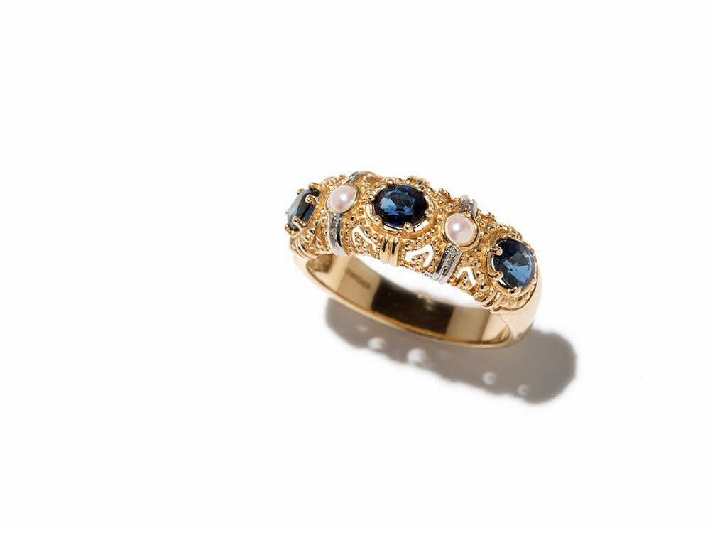 Franklin Mint, Gold Ring with Sapphires, Pearls &