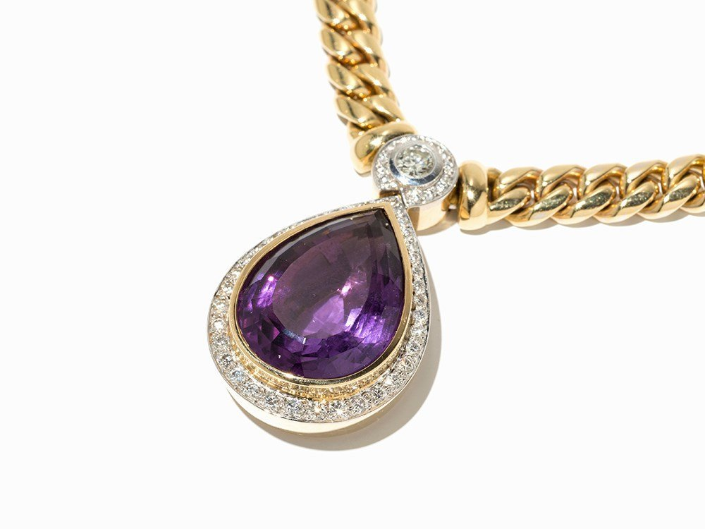 Necklace with Splendid Amethyst and Diamond Pendant,