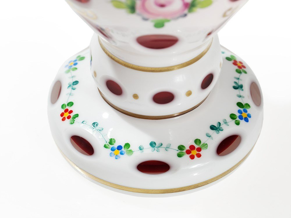 Overlay glass Cup in White with Floral Decor, 19th C - 5