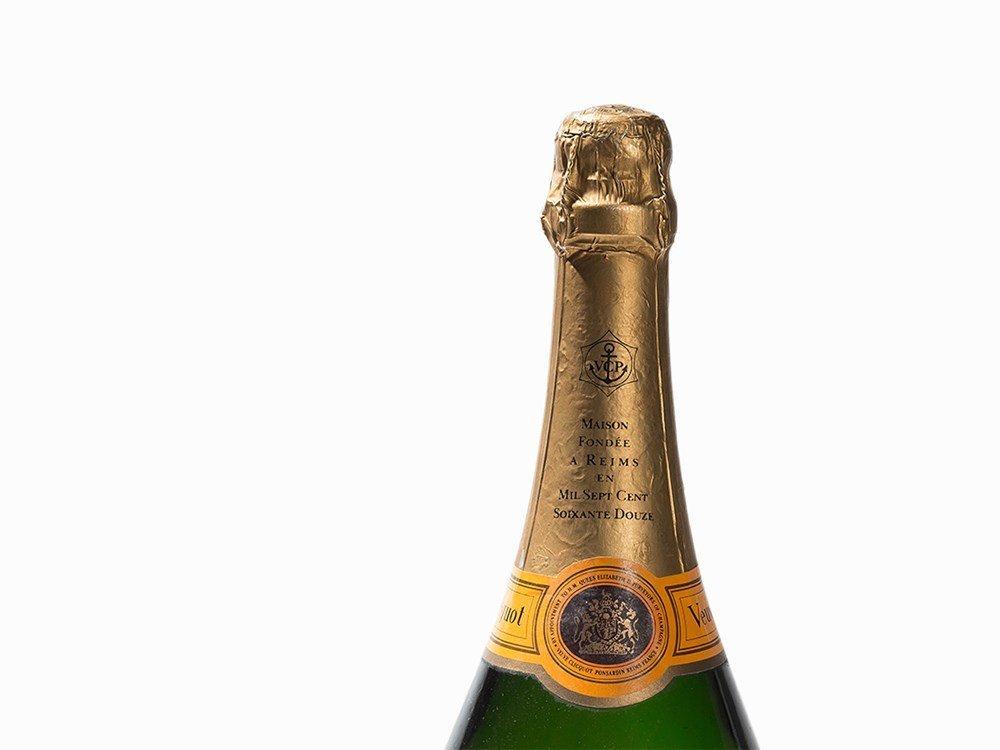 1 Double Magnum NV Veuve Clicquot Ponsardin Champagne - 3