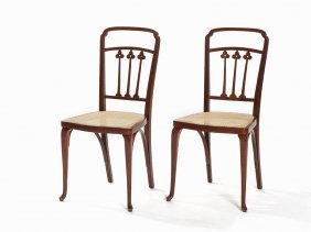 A Pair Of Thonet Chairs Of Bentwood, C. 1900