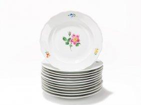 """12 Plates """"neuer Ausschnitt"""" With Flowers, Meissen,"""