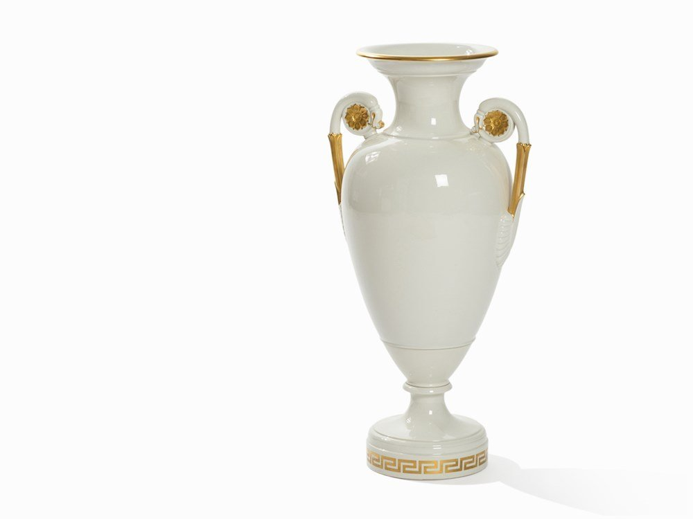 KPM Berlin, Magnificent Amphora Vase with Gold Décor,