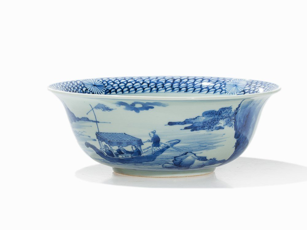 Blue-and-White 'Klapmuts' Bowl with 'Red Cliff' Décor,