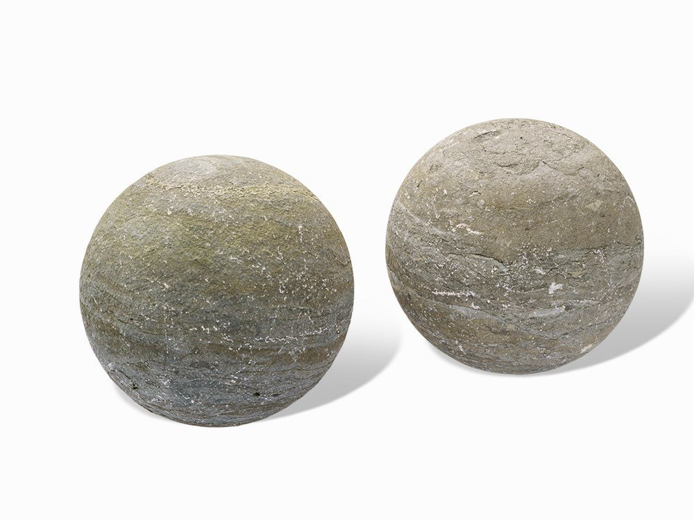 Pair of Stone Spheres with Fine Grain, 19th/20th C.