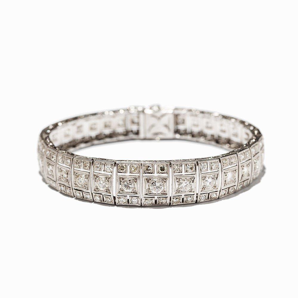Art Deco Diamond Bracelet in Platinum, circa 10.5 Ct., - 10