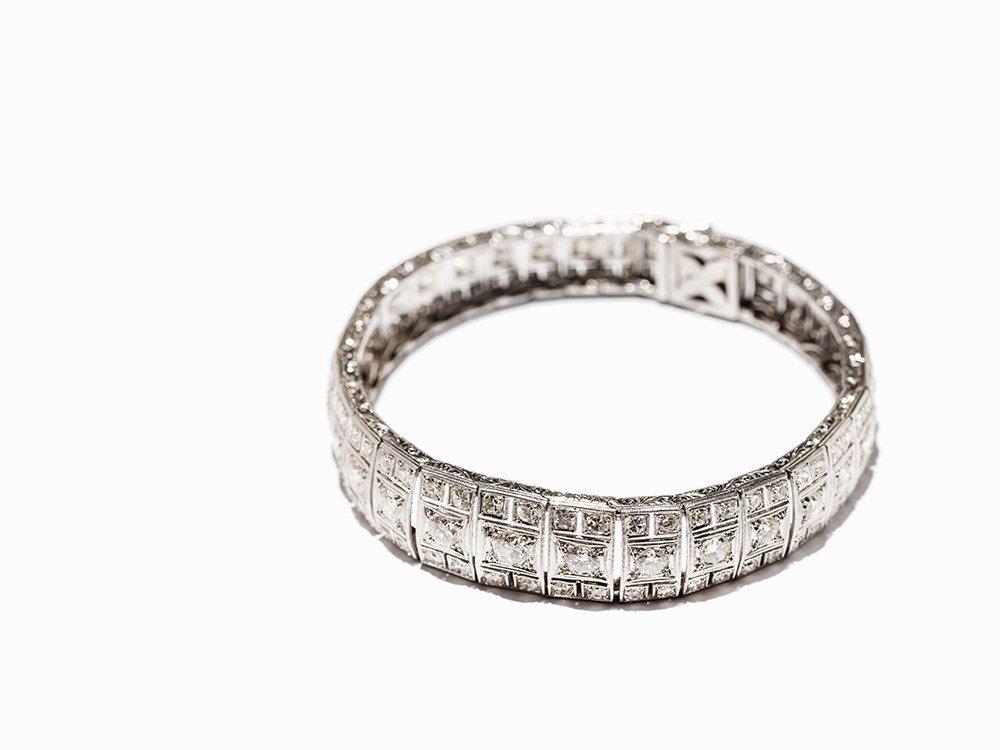 Art Deco Diamond Bracelet in Platinum, circa 10.5 Ct., - 2