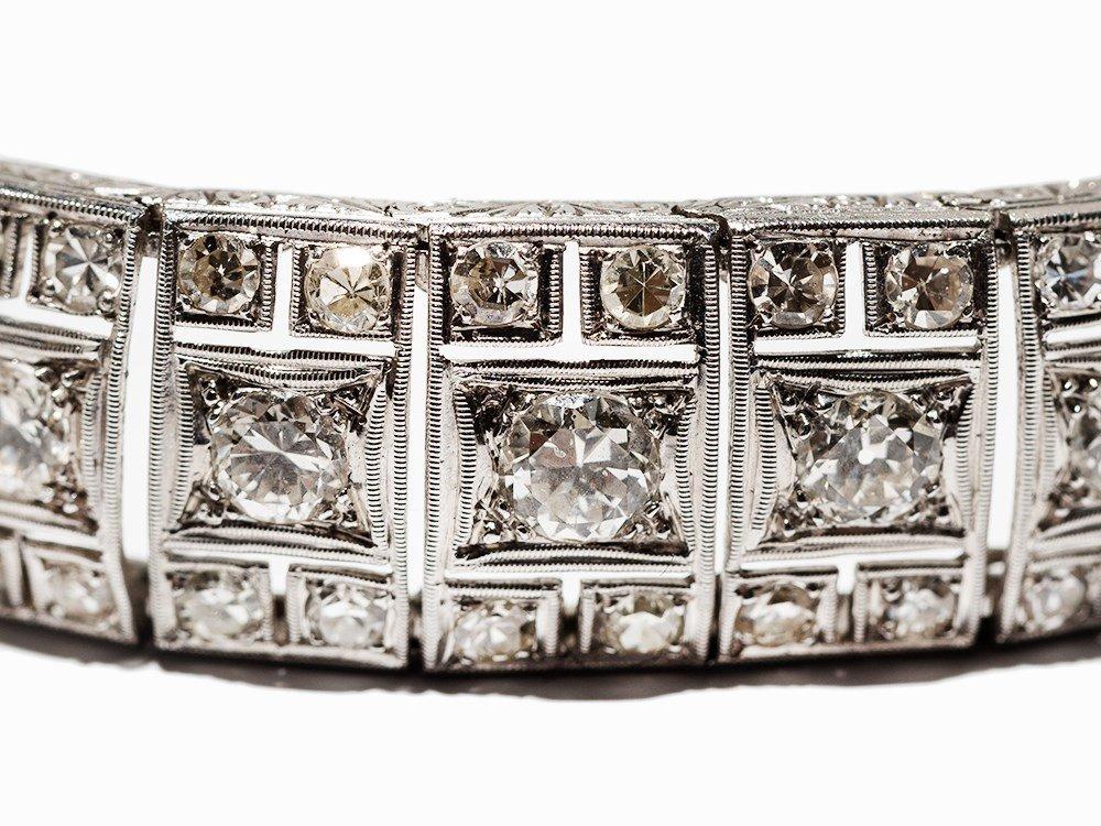 Art Deco Diamond Bracelet in Platinum, circa 10.5 Ct., - 4