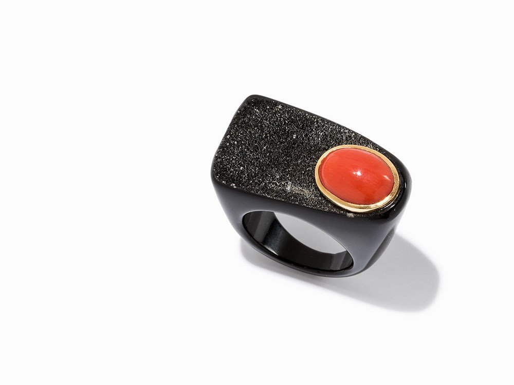 Atelier Sven Boltenstern, Onyx Ring with Coral Cabochon