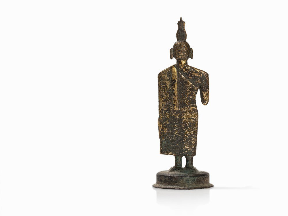 Gilt Bronze Figure of a Buddha with Flaming Ketumala, - 5