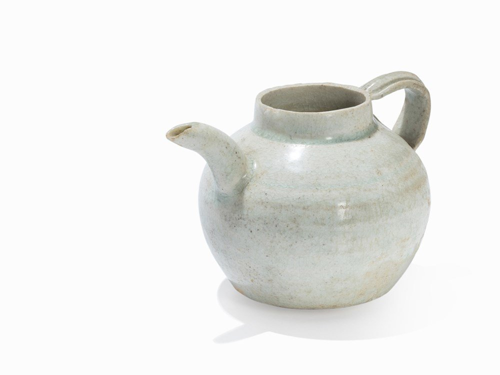 Small Qingbai Ewer with Spout, Song, 11th-13th C.