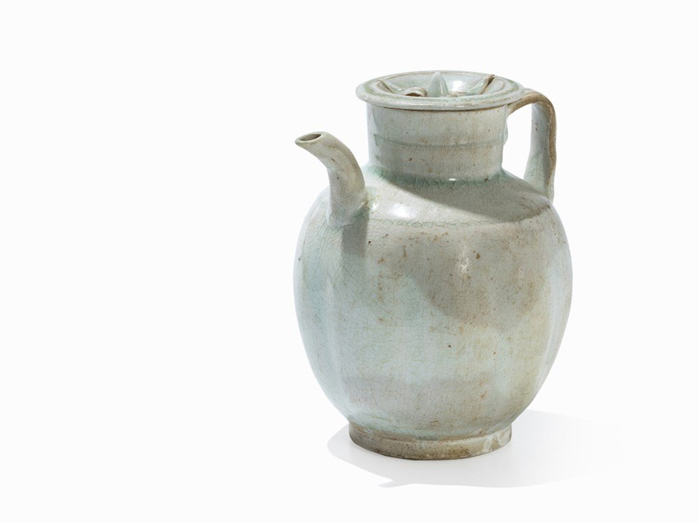Qingbai Melon-Shaped Ewer andCover,Song, 12th-13th C.