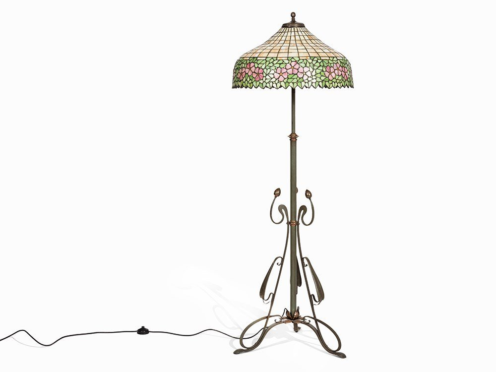 Attrib. Handel Lamp Company, Tiffany-Style Lamp, USA,