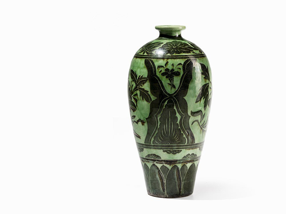 Green-Glazed Cizhou Vase with Black Painted Décor, 19th - 2