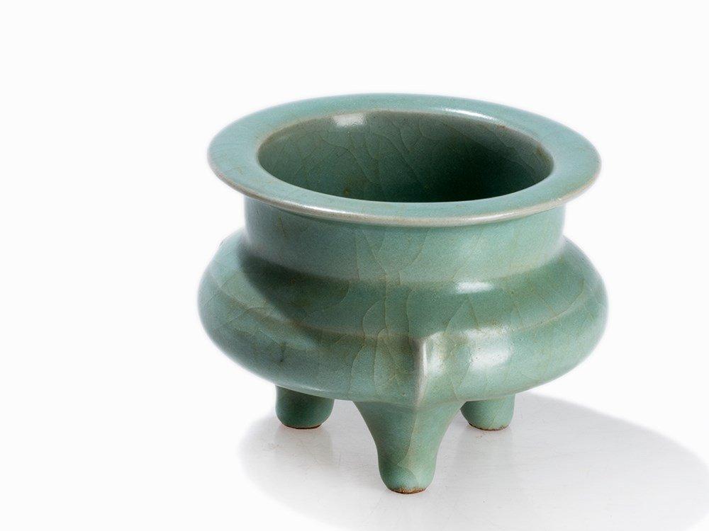 A Longquan Celadon Tripod Censer, China, Song/Yuan