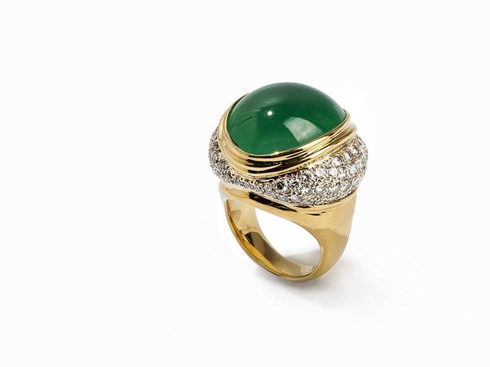A Green Jadeite Lady's Ring with Pavé Diamonds, China