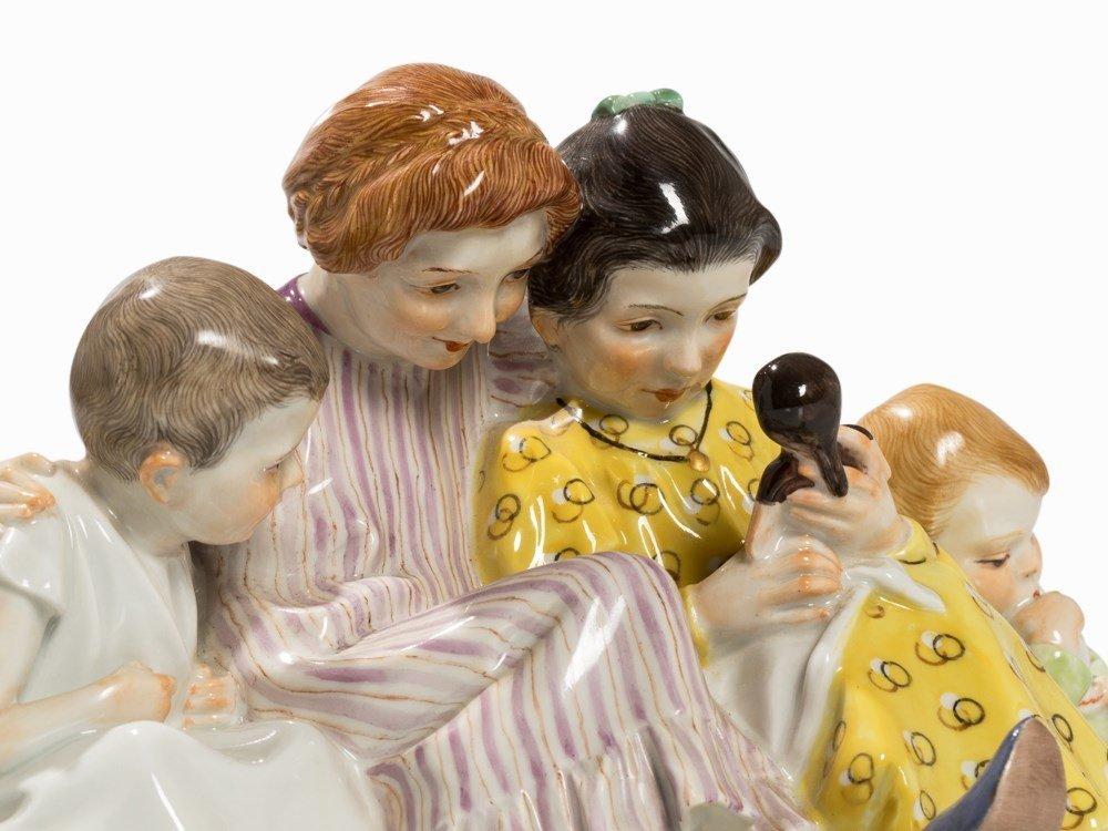 Konrad Hentschel, 'Vier Kinder mit Puppe', Meissen, c. - 2
