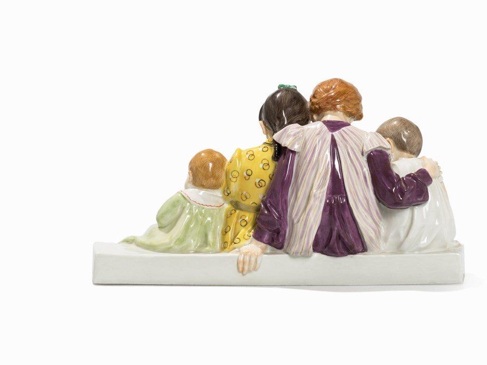 Konrad Hentschel, 'Vier Kinder mit Puppe', Meissen, c. - 4