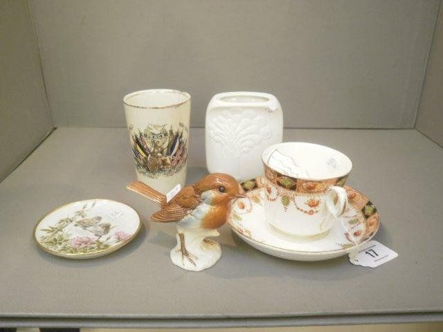 17: A Goebel robin, a Kaiser vase and a pin dish etc.
