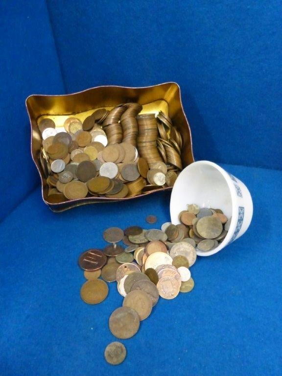 A quantity of English and foreign coinage including