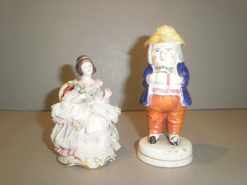 A 19th Century Staffordshire salt and pepper shaker in