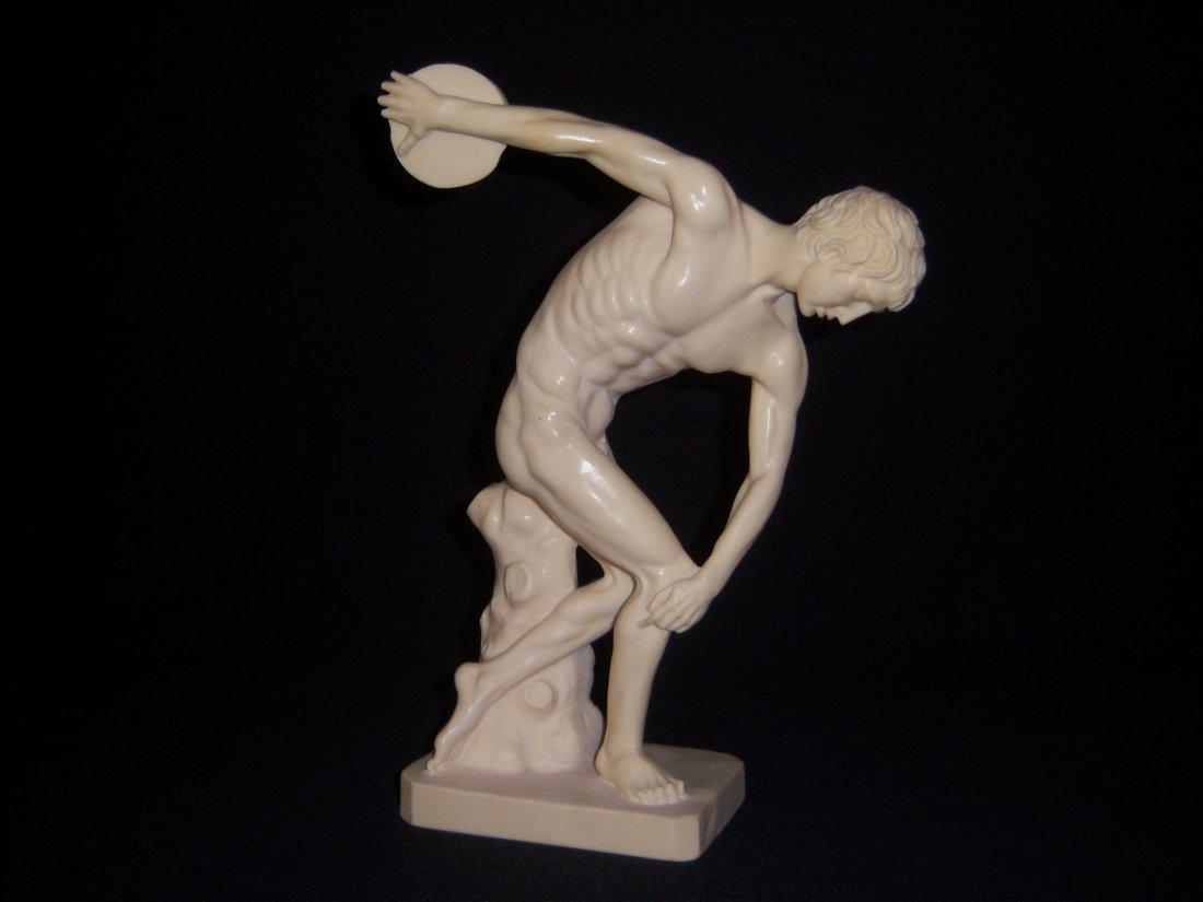 22: Greek Discus Thrower
