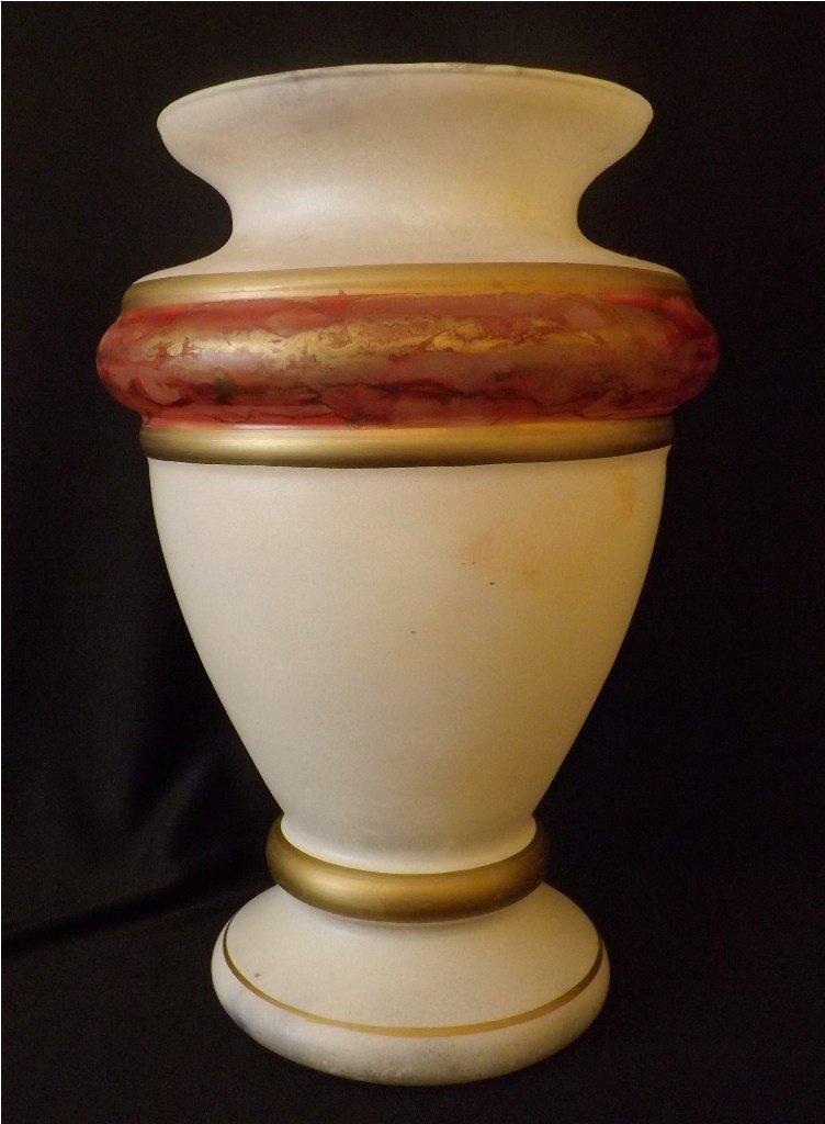 24: Murano Venetian Glass Vase