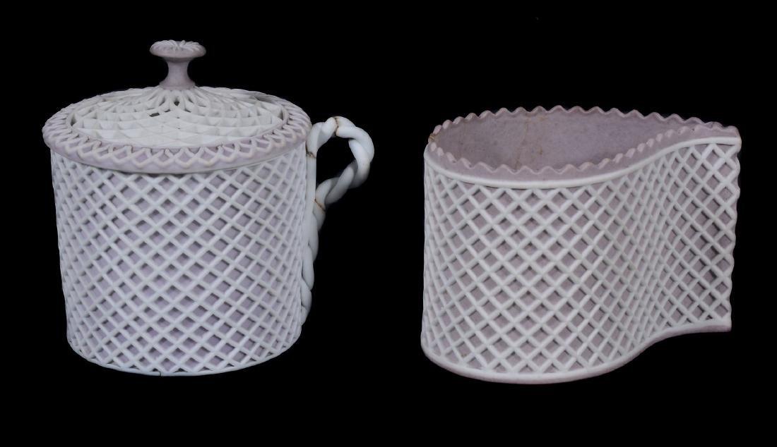 A Wedgwood lilac-dip jasper cylindrical custard cup and - 12