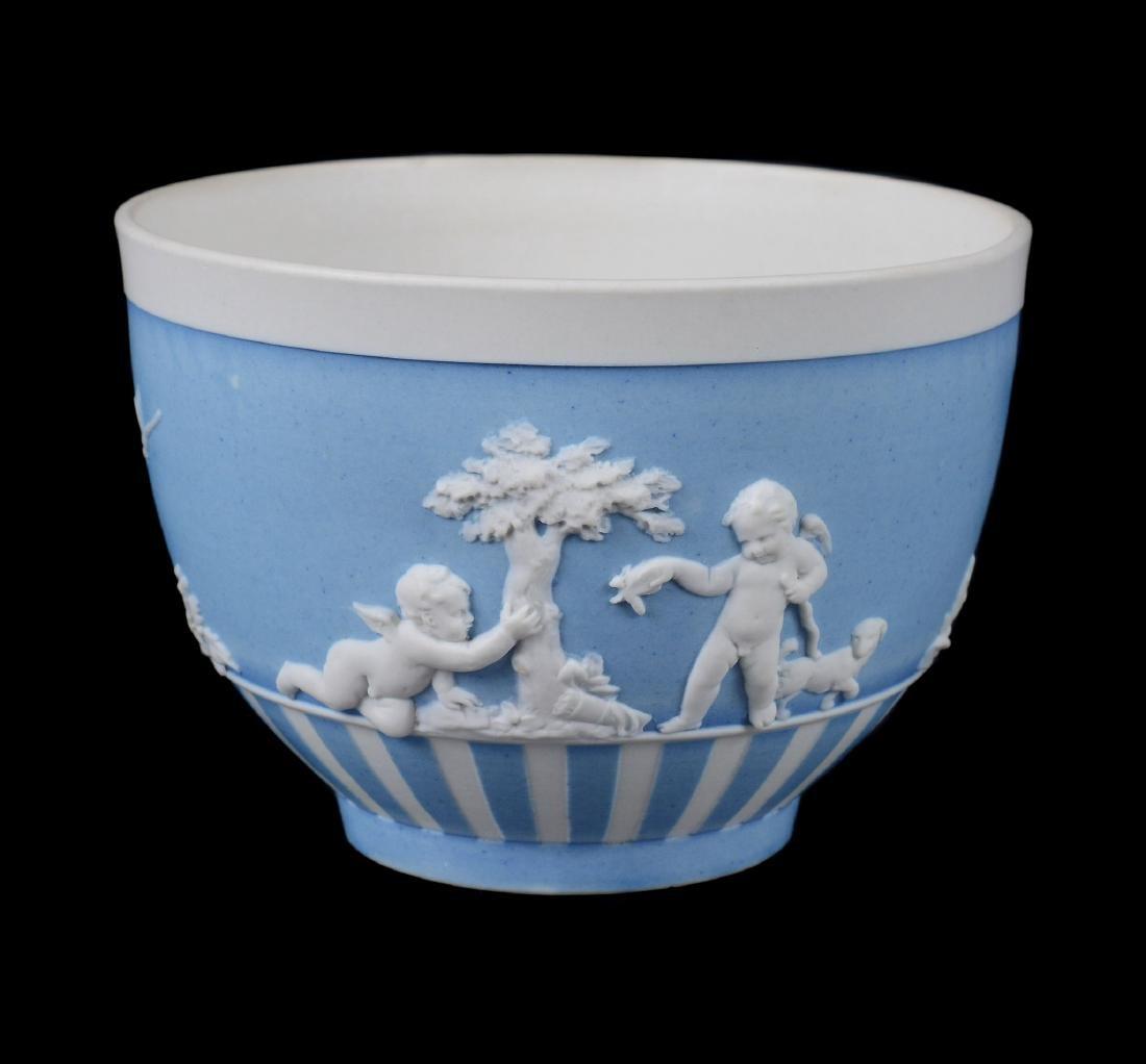 A group of three Wedgwood pale-blue dip white jasper - 4