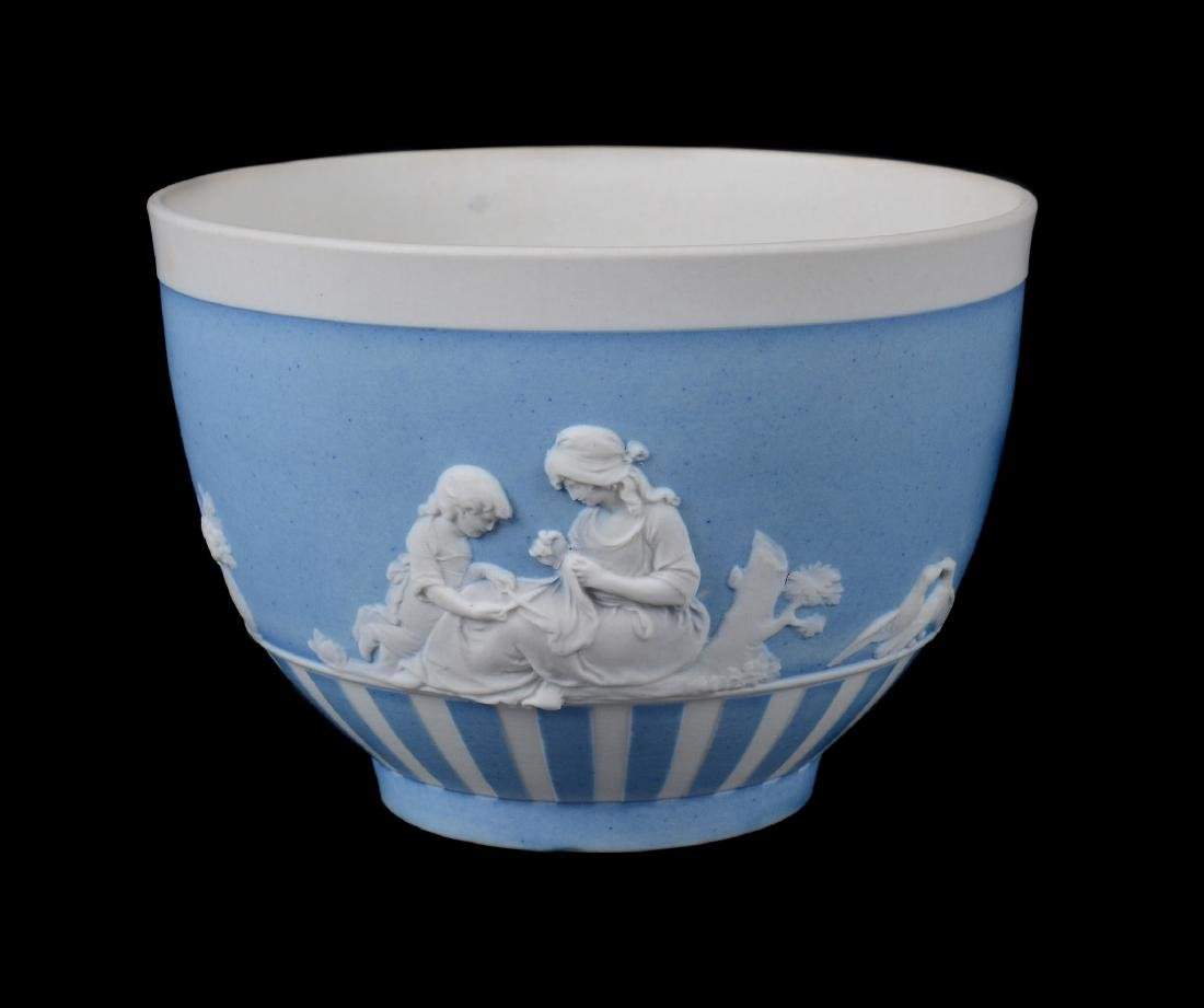 A group of three Wedgwood pale-blue dip white jasper - 5
