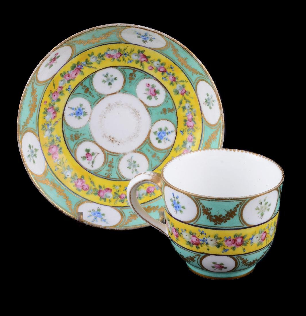 A Sevres porcelain sugar bowl , circa 1784 - 7
